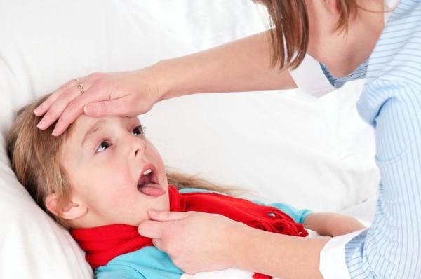 Viêm amidan ảnh hưởng lớn đến sức khỏe của người bệnh