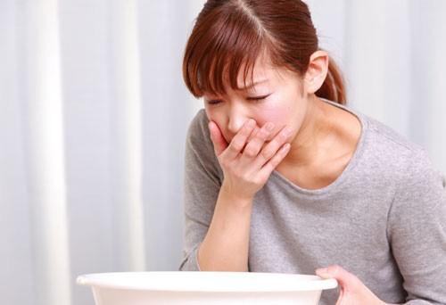 Khi có triệu chứng ợ chua, buồn nôn, giảm cân không rõ nguyên nhân,… rất có thể bạn cần nội soi dạ dày.