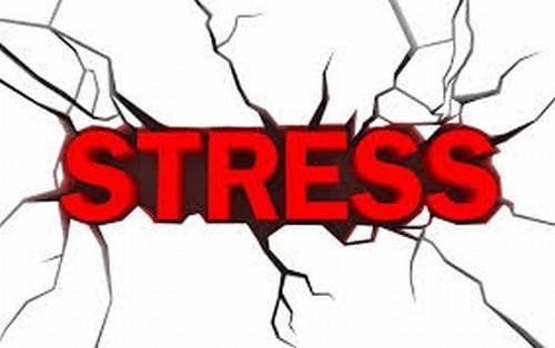 Stress sau sinh là nguyên nhân gây đau nửa đầu