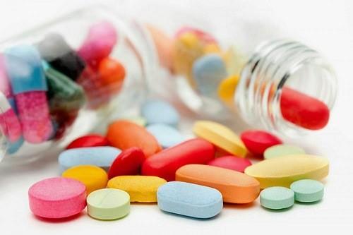 Cẩn thận khi dùng thuốc tránh u nang buồng trứng