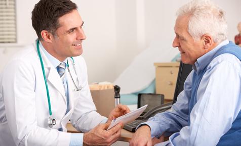 Bạn nên đến cơ sở chuyên khoa để thăm khám khi nghi ngờ áp xe phổi