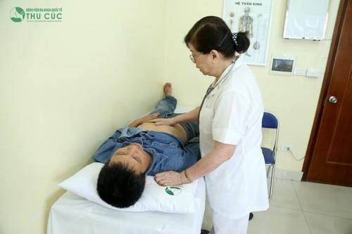 Thăm khám phát hiện bệnh loãng xương sớm để điều trị hiệu quả