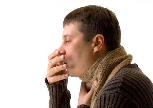 Ho là triệu chứng điển hình của bệnh hen phế quản