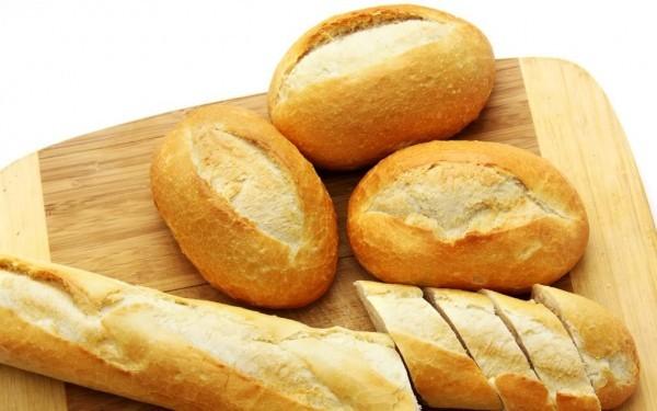 Cơm nếp, bánh mỳ, bánh quy… là các món rất tốt cho người bị viêm dạ dày