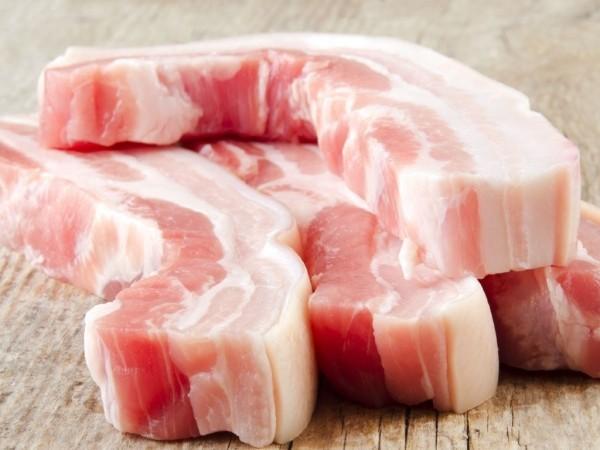 Mỡ động vật là loại chất béo dễ lắng đọng vào thành mạch, làm tăng nguy cơ vữa xơ động mạch.