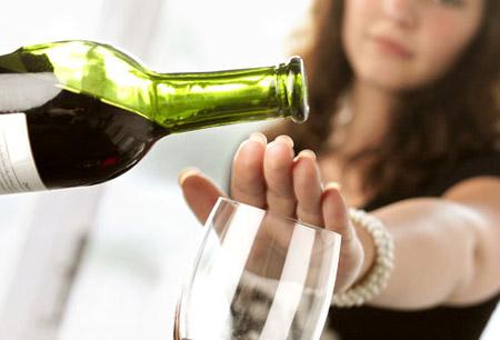 Không uống rượu hoặc hạn chế tối đa rượu để bảo vệ sức khỏe