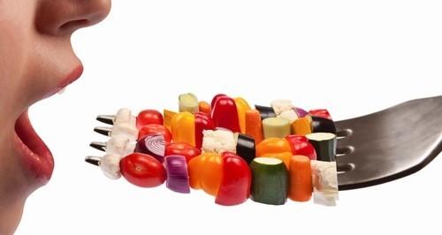 Ăn thực phẩm không vệ sinh gây viêm đại tràng kích thích
