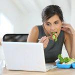 6 thói quen khiến dân văn phòng đau dạ dày