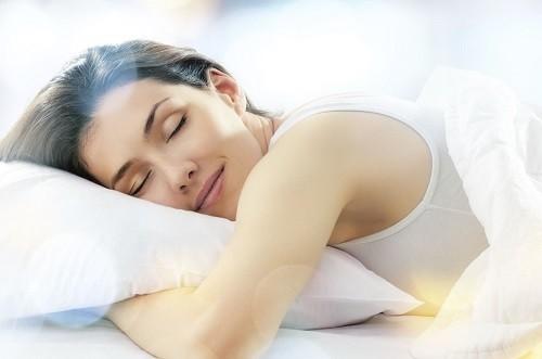 Ngủ đủ giấc là điều cần thiết để chúng ta có cơ thể và tinh thần khỏe mạnh.