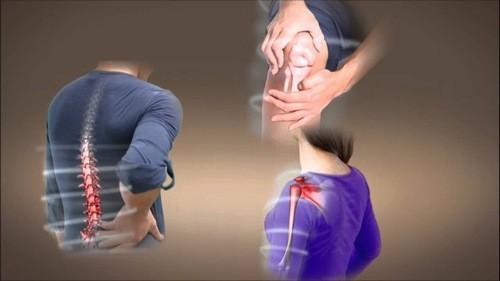 Đau nhức xương khớp có thể do nhiều nguyên nhân gây ra