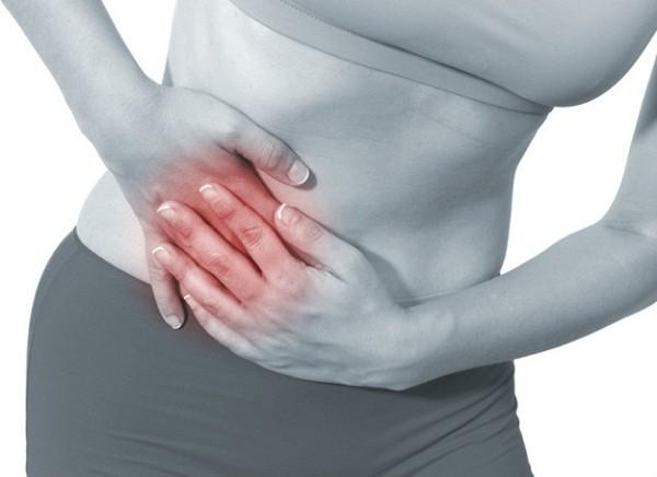 Đau vùng bụng dưới bên phải có thể báo hiệu viêm ruột thừa, đặc biệt nếu kèm theo triệu chứng sốt nhẹ, không kiểm soát được việc đánh hơi, táo bón hay tiêu chảy.