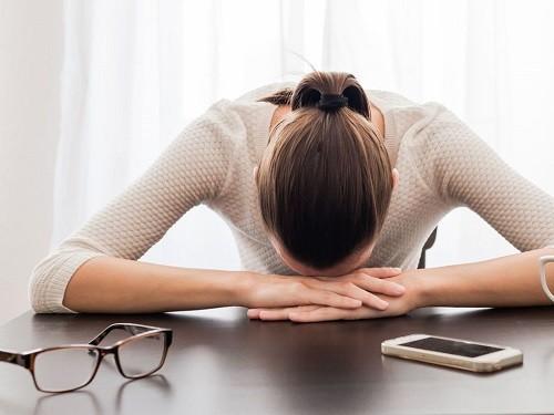Nếu lúc nào cũng cảm thấy mệt mỏi ngay cả sau khi đã nghỉ ngơi thì đó là cả một vấn đề nghiêm trọng.