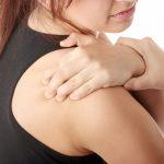 Nguyên nhân của đau vai phải là gì?