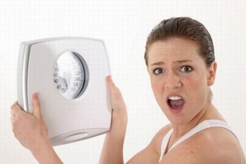 Nguy cơ sỏi mật gia tăng ở người giảm cân cấp tốc