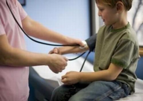Trẻ bị hạ đường huyết có thể ảnh hưởng đến sức khỏe
