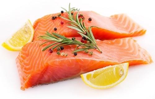 Axit béo omega-3 có thể ngăn ngừa viêm trong cơ thể và giảm các triệu chứng liên quan đến viêm khớp.
