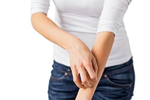 Các bệnh lý về gan là một trong những nguyên nhân phổ biến nhất gây ra tình trạng ngứa ở dưới da.