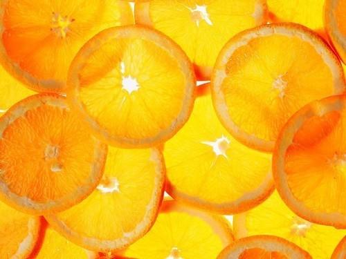 Các loại trái cây có múi như cam, chanh...có thể khiến các triệu chứng của trào ngược dạ dày thực quản trở nên trầm trọng hơn.