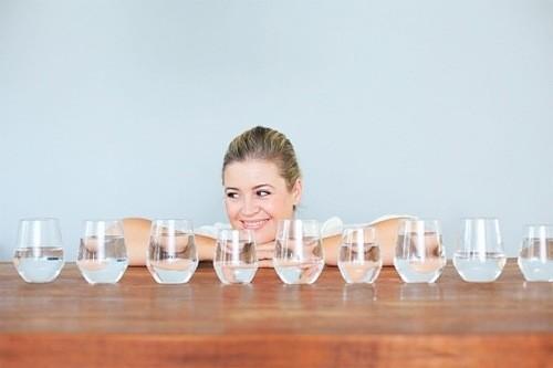 Uống nhiều nước phòng bệnh sỏi thận