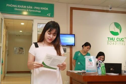 Chị em nên tới các cơ sở y tế uy tín để được kiểm tra chính xác về khả năng mang thai