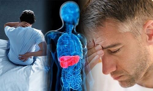 Khi bị ung thư gan người bệnh sẽ thấy xuất hiện các triệu chứng như chán ăn, rối loạn tiêu hóa, vàng da...
