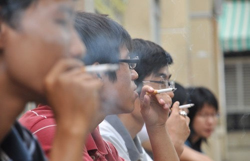 Thuốc lá không chỉ gây ung thư phổi mà nó còn làm tăng nguy cơ mắc ung thư phế quản.