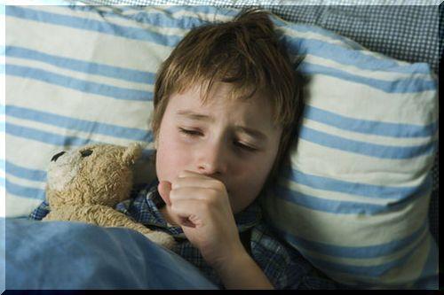 Đau họng vào buổi tối có thể gặp ở người lớn và trẻ em