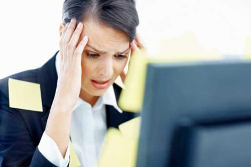 Suy giảm trí nhớ là một trong những bệnh thường gặp ở người cao tuổi, tuy nhiên sự tăng sinh gốc tự do, stress trong công việc… khiến suy giảm trí nhớ có xu hướng ngày càng trẻ hóa.