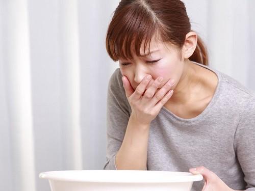 Để biết hay buồn nôn là bệnh cần thăm khám với bác sĩ để xác định nguyên nhân cụ thể.
