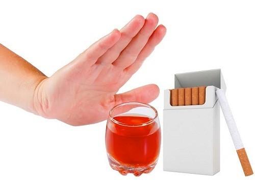 Phòng ngừa ung thư vòm họng không khó, cách tốt nhất là tạo cho mình thói quen sinh hoạt khoa học: không rượu bia, thuốc lá, khám sức khỏe định kỳ.