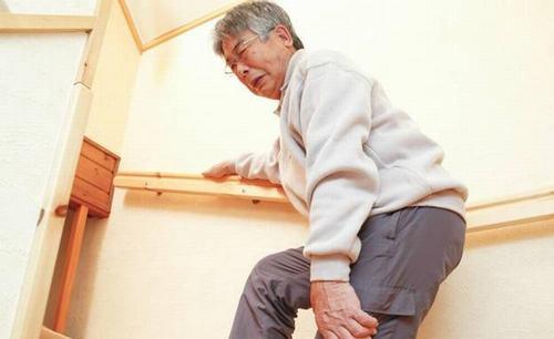 Chuột rút cũng thường gặp ở người cao tuổi