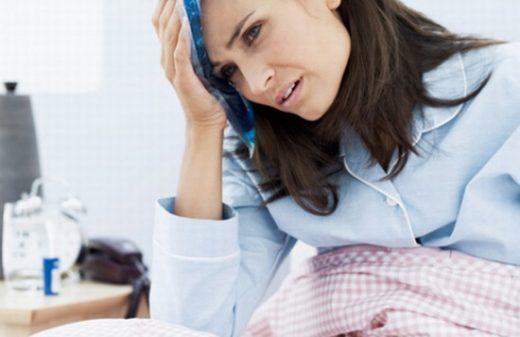Sản dịch có mùi hôi là tình trạng khiến cho các mẹ lo lắng.