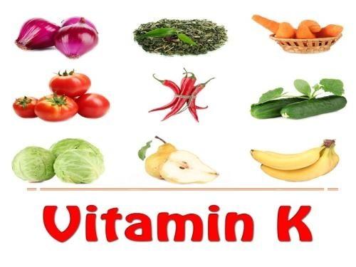 Các loại rau xanh chứa nhiều vitamin K giúp tăng hồng cầu trong máu