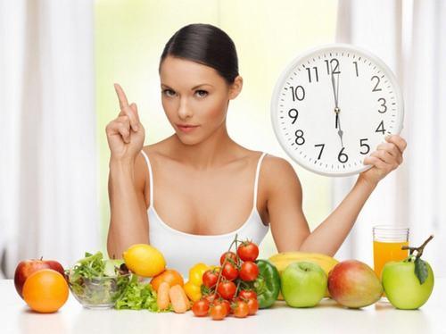 Với một số xét nghiệm bạn cần nhịn ăn trước 4-6 giờ