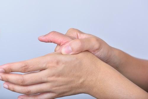 Khớp Charot là bệnh lý thần kinh – cơ ảnh hưởng đến các khớp xương cản trở vận động và cảm giác