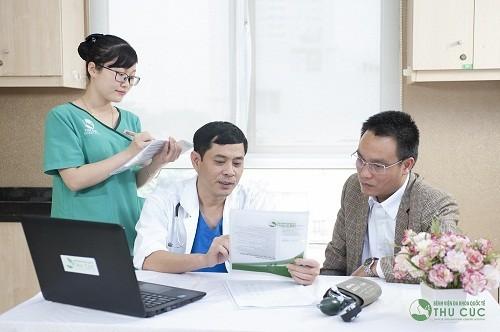 Bệnh viện Thu Cúc có đội ngũ bác sĩ chuyên khoa giỏi sẽ trực tiếp thăm khám và tư vấn điều trị bệnh cho khách hàng