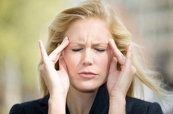 Chứng đau đầu căn nguyên mạch máu là bệnh nhức nửa đầu từng cơn theo nhịp mạch.