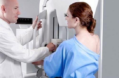 Cần thăm khám để được chẩn đoán phát hiện kịp thời nguyên nhân gây hạch ở nách và điều trị hiệu quả
