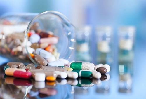 Thuốc điều trị liệt dây thần kinh số 3 cần tuân thủ theo chỉ định của bác sĩ chuyên khoa