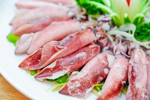 Hải sản là thực phẩm người u nang tuyến giáp nên ăn