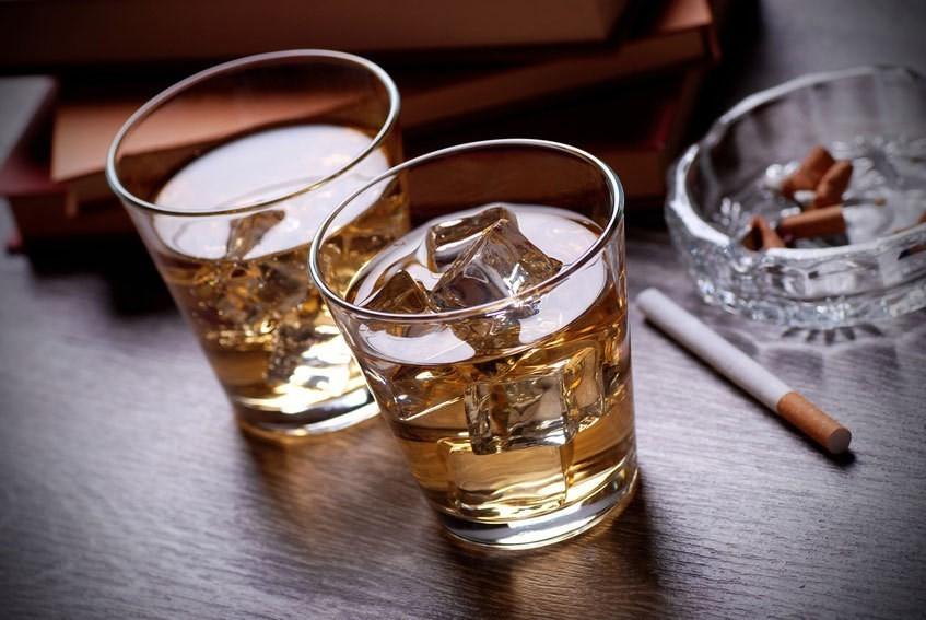 Sau khi nội soi dạ dày bạn cần tránh rượu, bia, thuốc lá