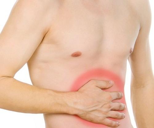 Ở giai đoạn đầu, người bệnh ung thư dạ dày sẽ thấy xuất hiện các triệu chứng như đau tức vùng thượng vị, ợ nóng, sút cân không rõ nguyên nhân