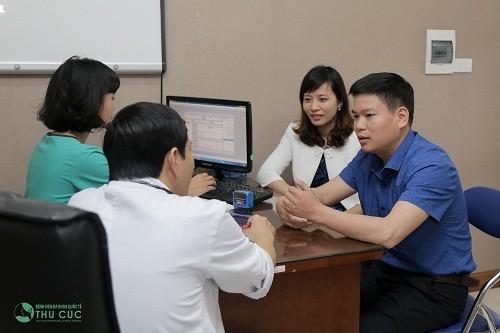 Bệnh viện Thu Cúc có bác sĩ chuyên khoa giỏi sẽ trực tiếp thăm khám và tư vấn điều trị bệnh cho khách hàng
