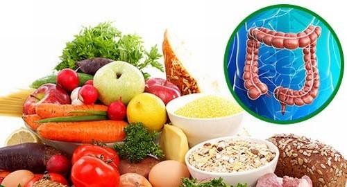 Người bệnh cần bổ sung nhiều rau xanh, củ quả giàu dinh dưỡng trong chế độ ăn hàng ngày