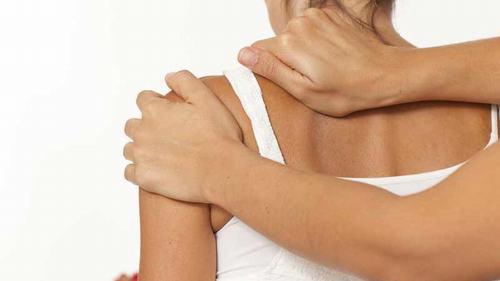 Viêm xương tủy nhiễm khuẩn là bệnh lý xương khớp nguy hiểm đặc trưng bởi tình trạng nhiễm trùng xương