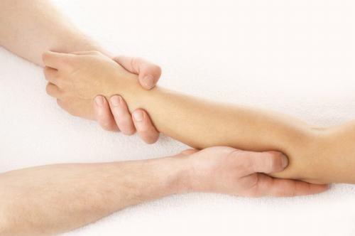 Nguyên nhân thường gặp nhất của viêm xương tủy nhiễm khuẩn chính là tụ cầu vàng (50% trường hợp).