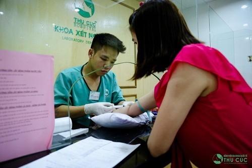 Nhiều khách hàng lựa chọn bệnh viện Thu Cúc để tới làm xét nghiệm ung thư vú