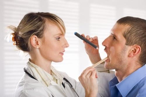 Xét nghiệm ung thư vòm họng bao nhiêu tiền là câu hỏi được nhiều người quan tâm, tìm hiểu