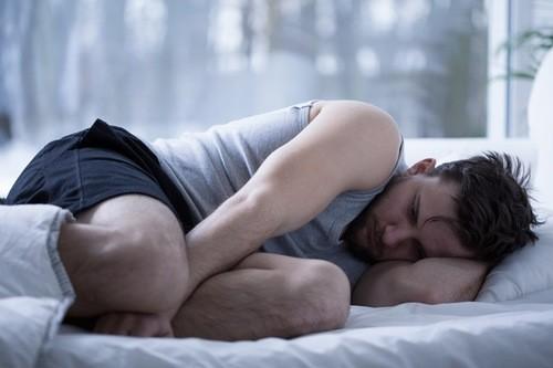 Xuất tinh ngược là tình trạng khiến nam giới lo lắng.