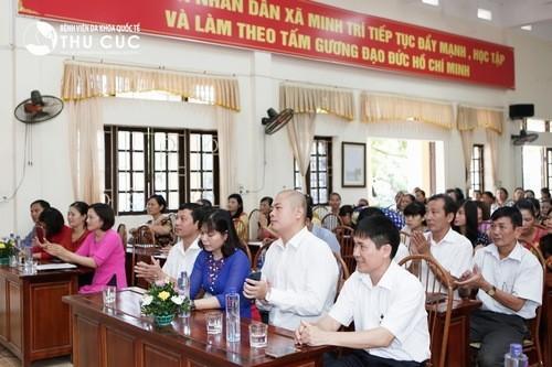 Tham dự chương trình có đại diện ban lãnh đạo bệnh viện Thu Cúc và đại diện lãnh đạo xã Minh Trí cùng đông đảo phụ nữ của xã